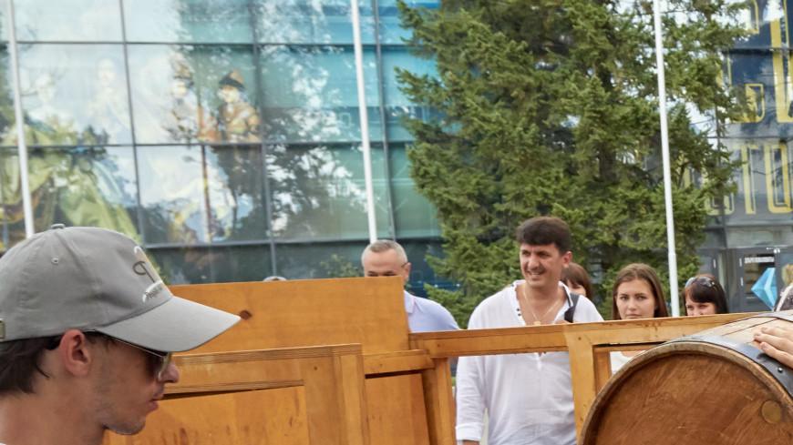 В Москве прошел ежегодный фестиваль немецких традиций DasFest 2016. ,DasFest, октоберфест, пиво, бочка,DasFest, октоберфест, пиво, бочка