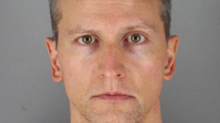 Душившего Джорджа Флойда полицейского выпустили из тюрьмы под залог