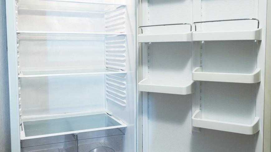 """Фото: Татьяна Константинова, """"«Мир24»"""":http://mir24.tv/, продукты, холодильник, кризис, голод"""