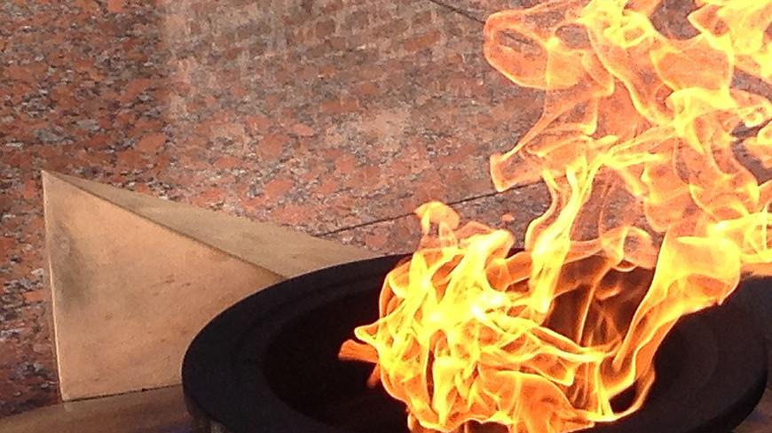 """Фото: Светлана Родина, """"«МИР 24»"""":http://mir24.tv/, вов, вечный огонь"""