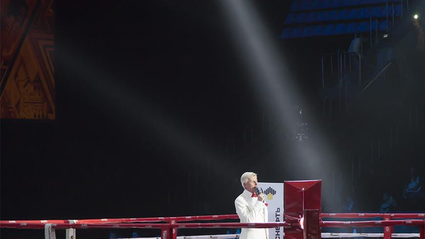 "Фото: Елена Андреева, ""«Мир 24»"":http://mir24.tv/, ринг, бокс"
