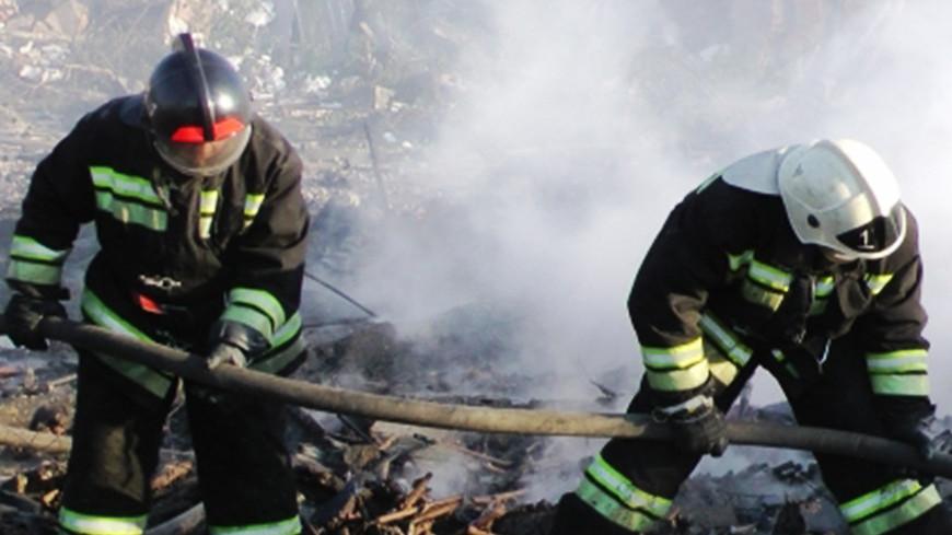 """Фото: """"МЧС России"""":http://www.mchs.gov.ru/ (автор не указан), пожарные, пожар"""