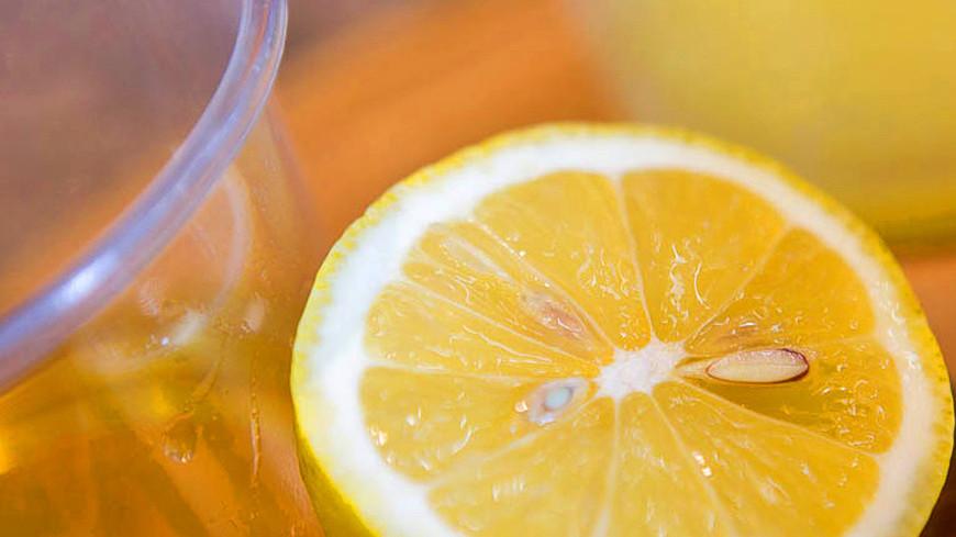 """Фото: Алан Кациев (МТРК «Мир») """"«Мир 24»"""":http://mir24.tv/, лимон, здоровое питание, диета, пост, детокс"""