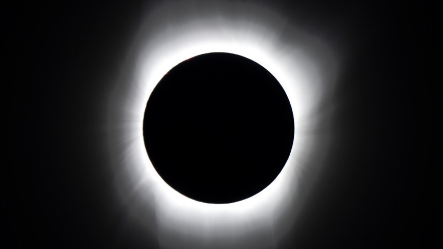 "Источник: Williams College Eclipse Expedition, ""NASA"":http://www.nasa.gov/, солнечное затмение"