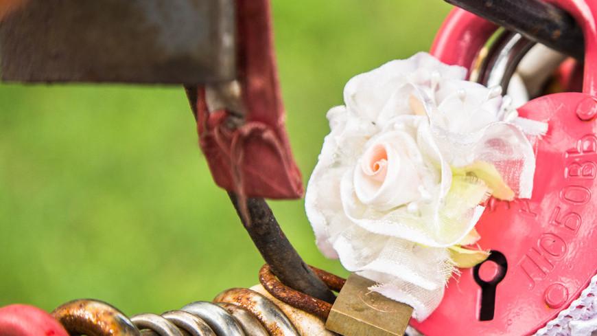 """Фото: Татьяна Константинова (МТРК «Мир») """"«Мир 24»"""":http://mir24.tv/, любовь, свадьба, загс, замок влюбленных"""