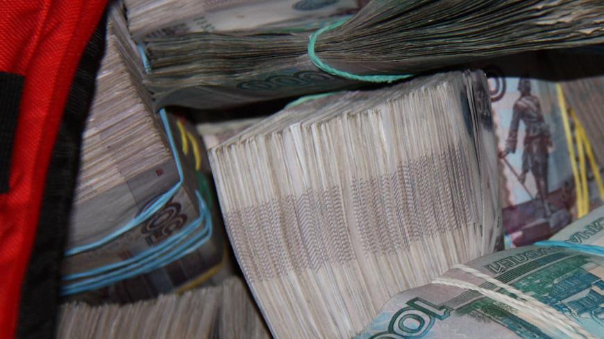 """Фото: Мария Чегляева, """"«Мир24»"""":http://mir24.tv/, взятка, деньги, взятки, рубли"""