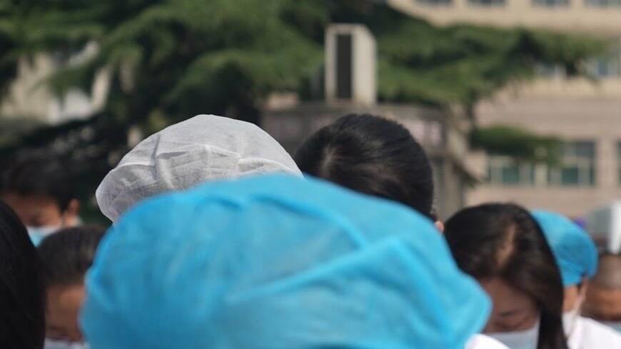 Победа над коронавирусом: в Гуанчжоу появилась аллея славы врачей
