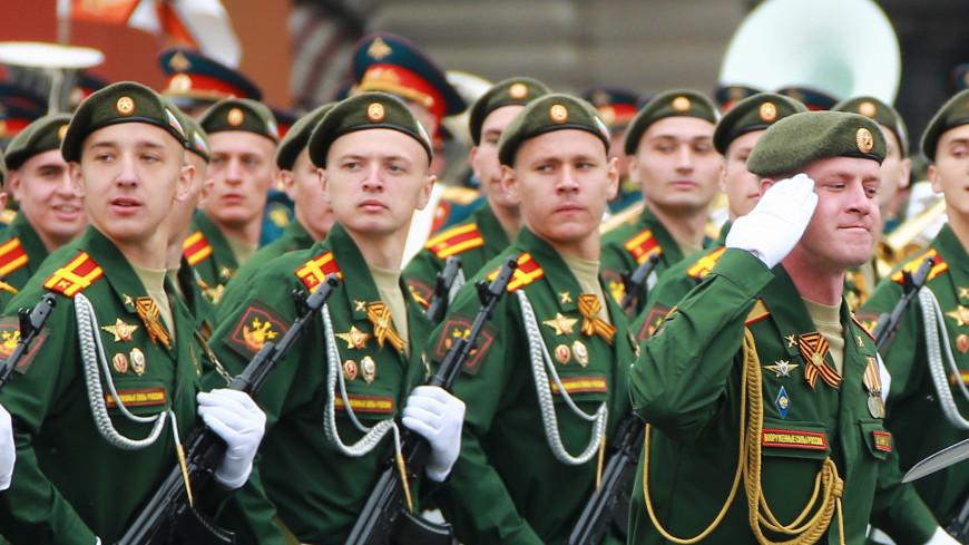парад победы, военный парад, ВОВ, ветеран, день победы, май, праздник, военная техника, почет, великая отечественная война, поколение, старики, военные, 9 мая, патриотизм, армия, служба, строй, солдат, войско, дисциплина
