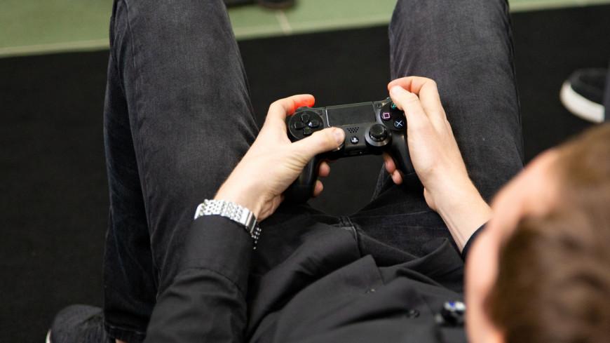 Homo ludens, музей Дарвина, геймеры, игра, виртуальная реальность, реальность, видеоигры, гейм, приставка, плейстейшн, playstation, джойстик, пульт управление,