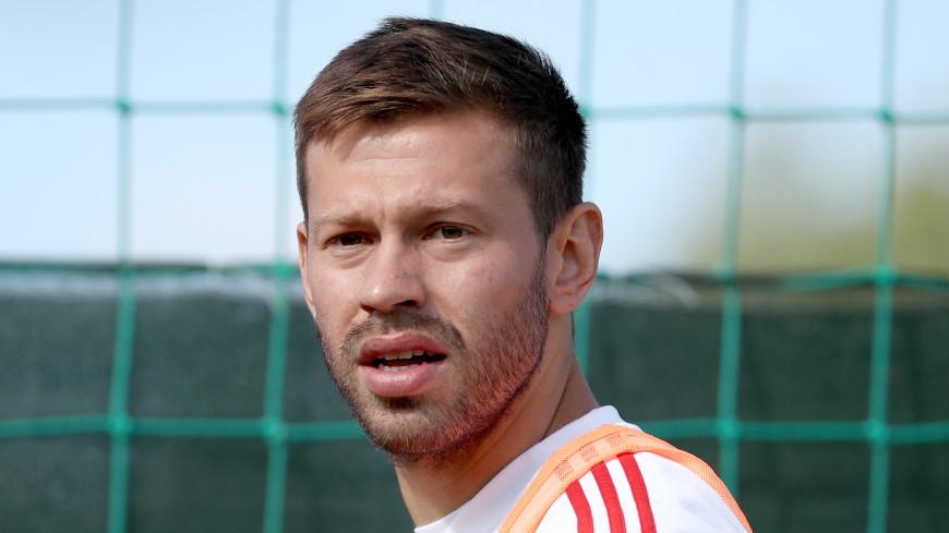 «Можно заканчивать карьеру»: гол Смолова «Барселоне» оценили