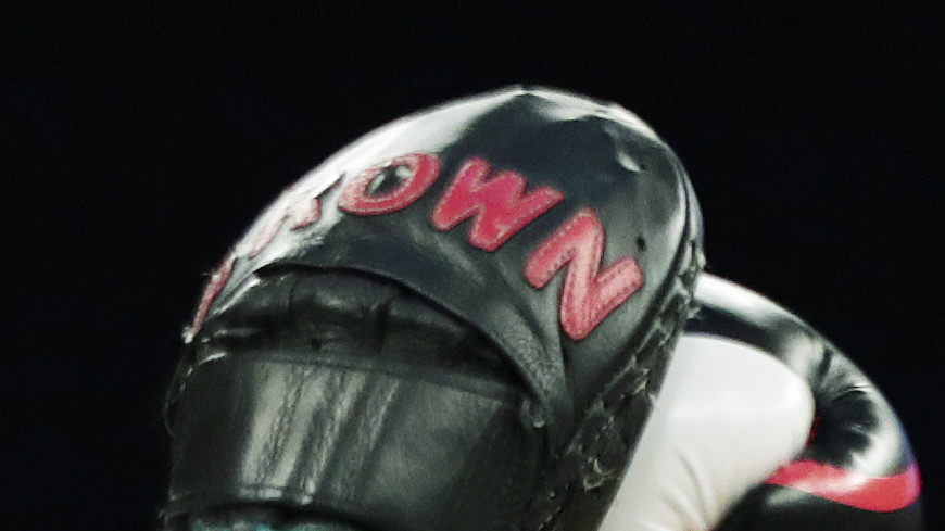Бернс одержал убедительную победу над Вудли в главном бою турнира UFC on ESPN 9