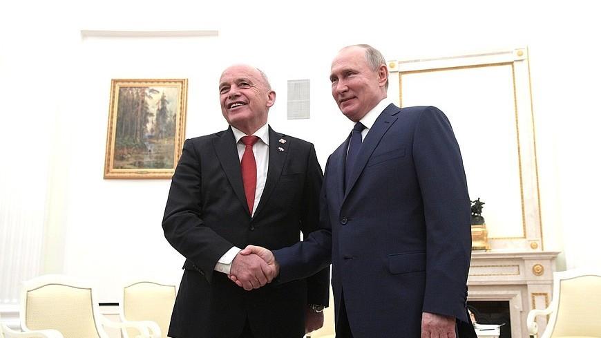 Путин отметил рост товарооборота между Россией и Швейцарией