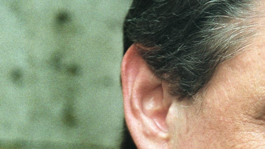 Путин назвал смерть Караченцова огромной утратой для всех