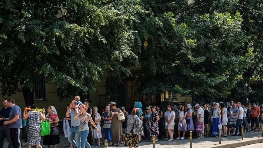 В Краснодаре к мощам святителя Спиридона выстроилась километровая очередь