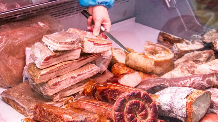"""Фото: """"«Мир 24»"""":http://mir24.tv/, мясо, бессарабский рынок, рынок"""