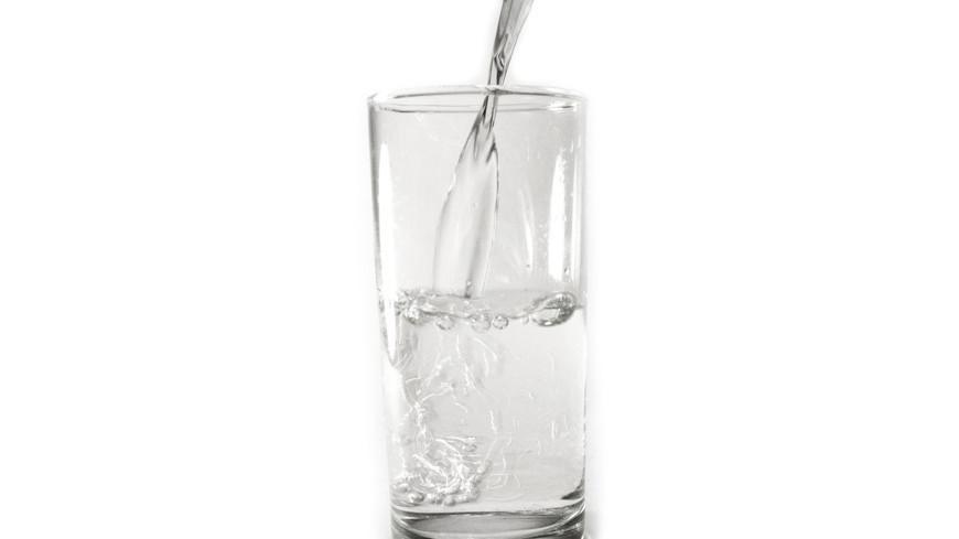"""Фото: Елена Андреева, """"«Мир24»"""":http://mir24.tv/, стакан, вода"""
