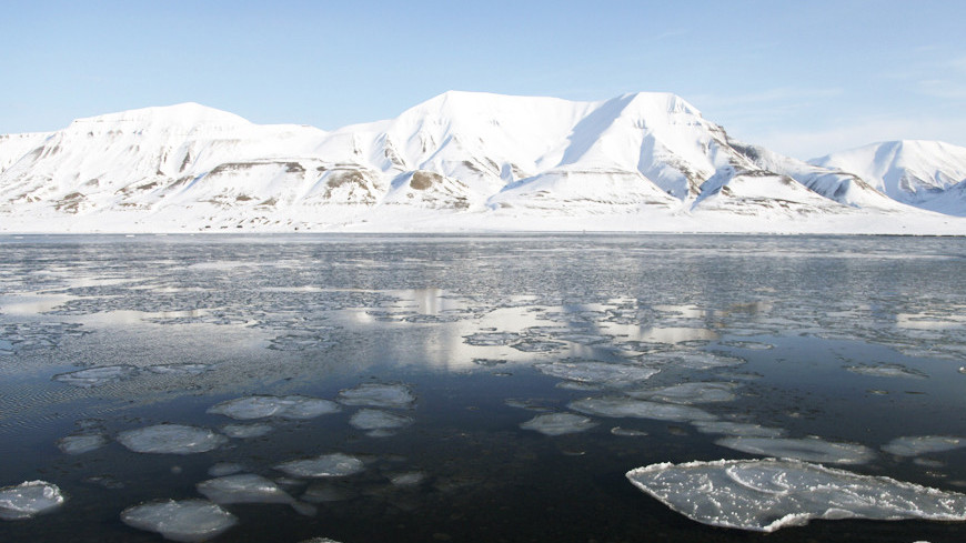 "Фото: Дмитрий Ходаковский, ""«Мир24»"":http://mir24.tv/, ледоход, ледники"