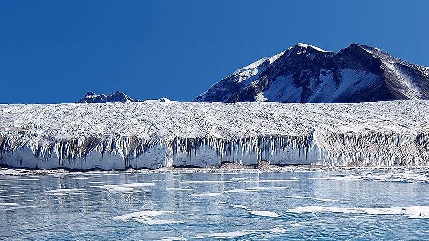 В ледниках Антарктиды нашли «марсианский» минерал