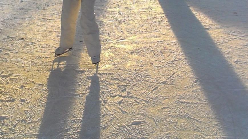 "© Фото: Елизавета Шагалова, ""«МИР 24»"":http://mir24.tv/, каток, коньки, лед, зима, фигурист"