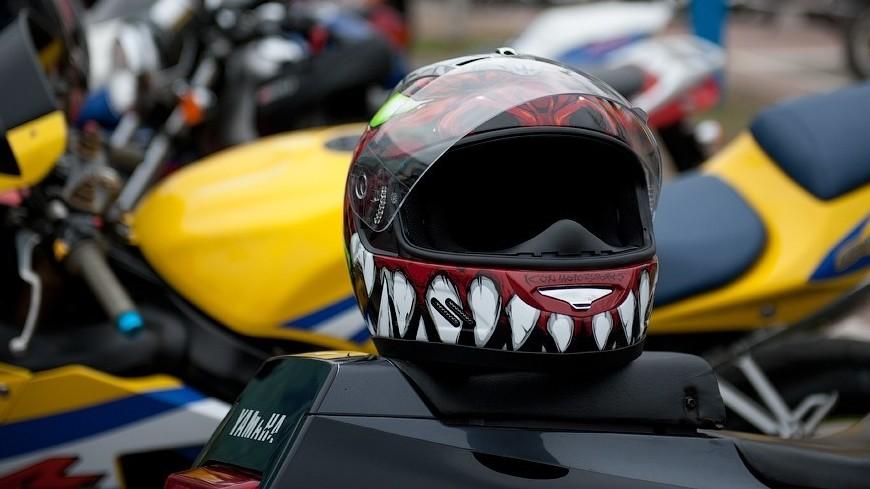 Обои шлем, гонщик, racing, автогонки картинки на рабочий стол ... | 489x870