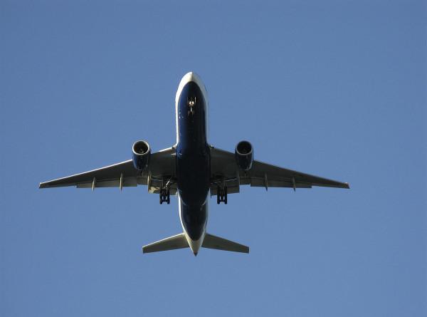 Аэропорты Нур-Султана и Алматы с 1 апреля не будут принимать международные рейсы