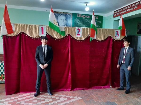 Танцы, плов, цветы: как прошли выборы в парламент Таджикистана (ФОТО)