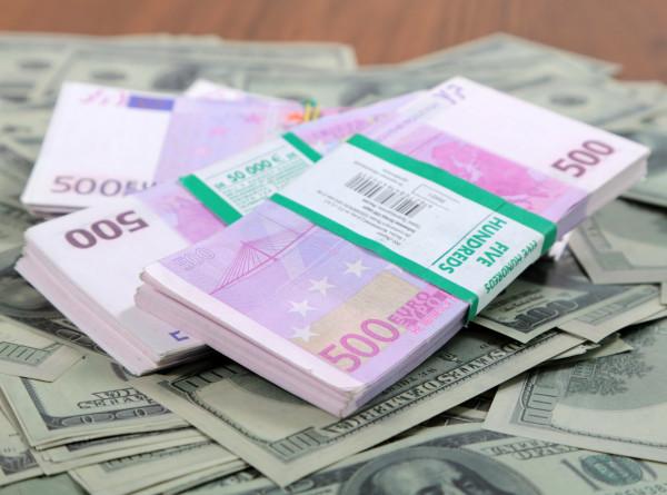 Коронавирус внес коррективы в соотношение валют на рынках СНГ и Грузии