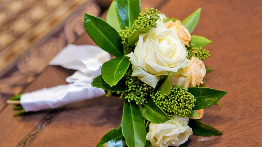 """Фото: Алан Кациев, """"«Мир 24»"""":http://mir24.tv/, свадьба, цветы, свадебный букет, букет, розы"""