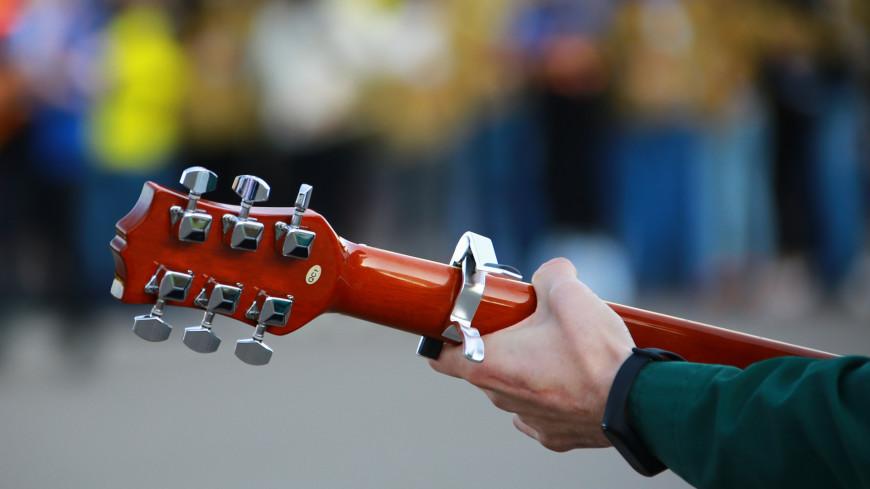 «Играй, дутар!» покоряет женские сердца: голосуйте за самых талантливых музыкантов из народа