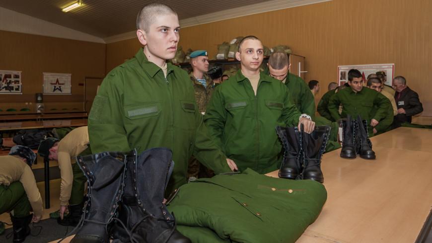 В первый день октября в России начинается осенняя призывная кампания,солдат, призыв, призывник, срочник, армия, военный, ,солдат, призыв, призывник, срочник, армия, военный,