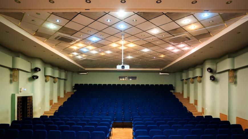 В театре,театр, зрительный зал, концерт, кинотеатр, кино, ,театр, зрительный зал, концерт, кинотеатр, кино,
