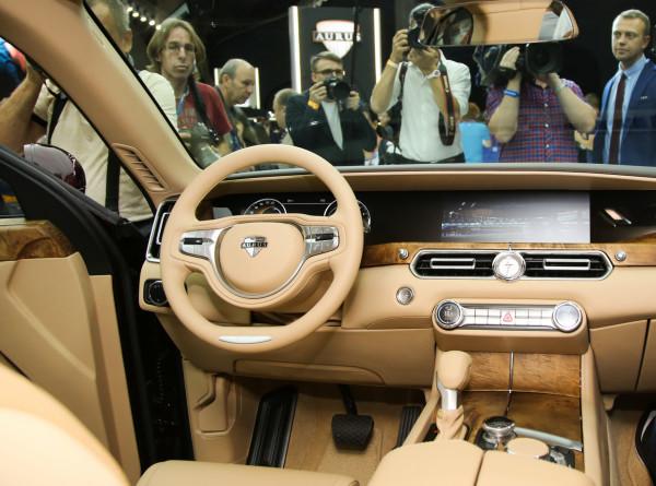 Автопроизводители рассказали, как обеспечат покупателям безопасность