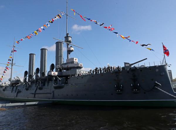 Что снится крейсеру «Аврора»