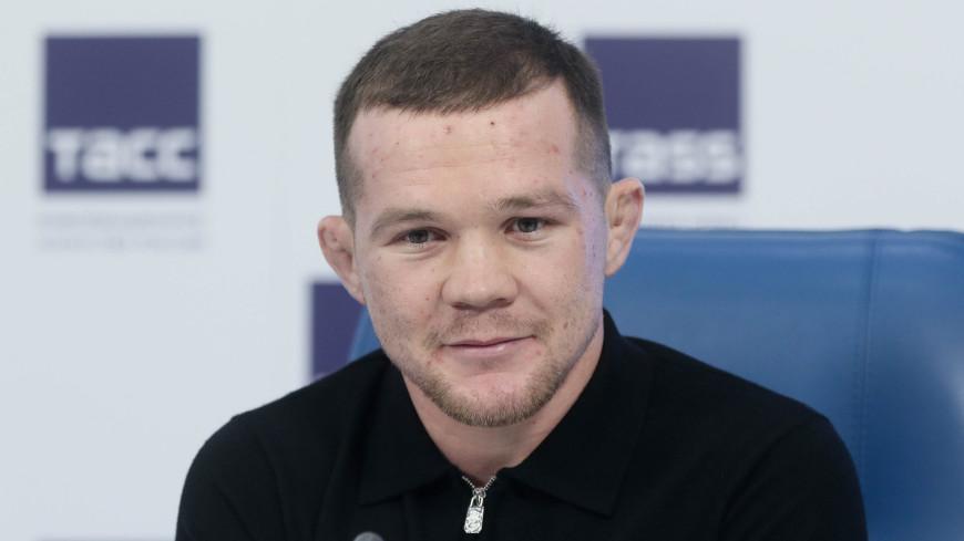 Российский боец Ян поборется с Алдо за титул чемпиона UFC