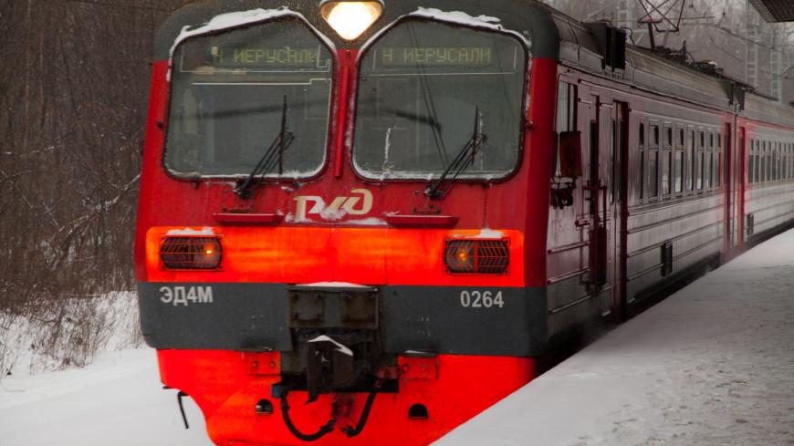 В РЖД объяснили, почему отказались от рассадки с дистанцией в поездах