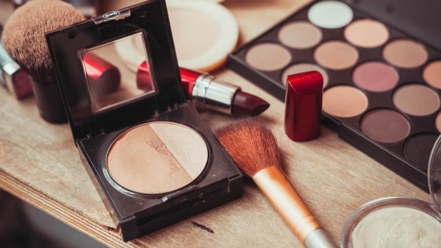 Продажи косметики в апреле выросли на 17%