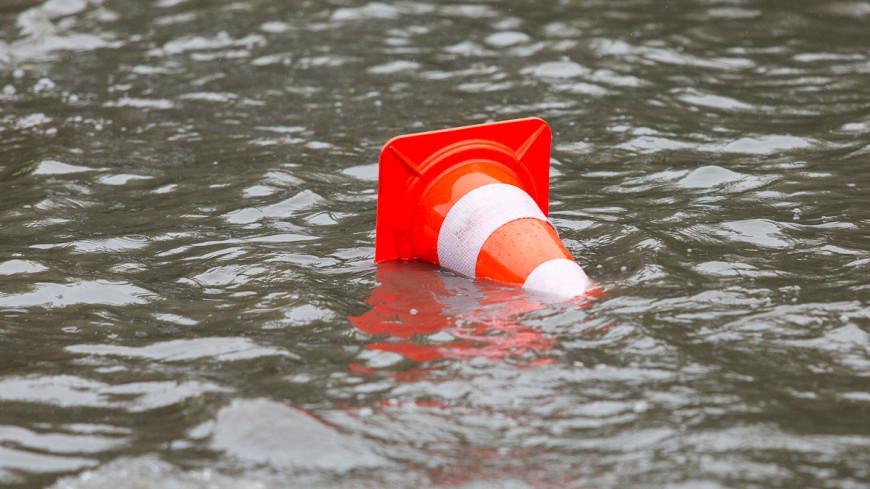 Река Лена вышла из берегов и затопила Якутск