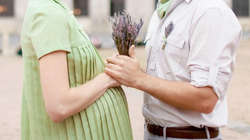 """Фото: Елизавета Шагалова, """"«МИР 24»"""":http://mir24.tv/, пара, беременность"""