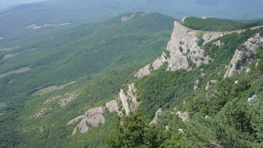 В горах Крыма обнаружили 105-метровую вертикальную пещеру