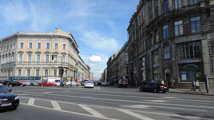 Петербуржец создал карту своего города, показывающую возраст домов
