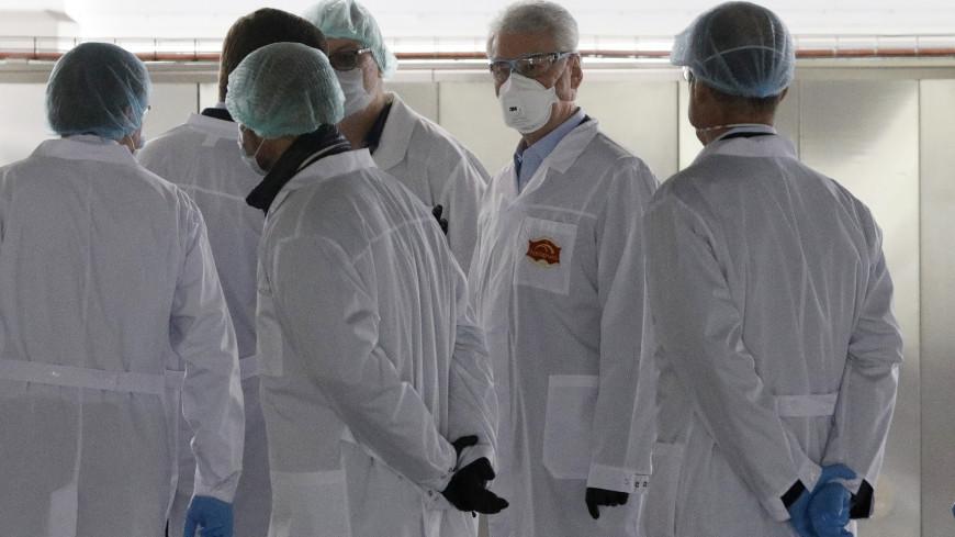 Собянин посетил резервный госпиталь на базе ТЦ «Москва»