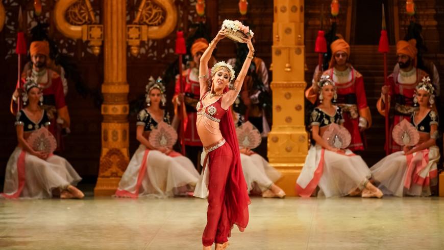 История любви, обернувшаяся трагедией: трансляция балета «Баядерка»