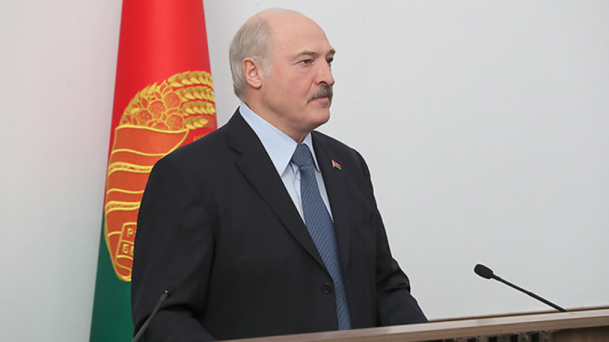 В Беларуси зарплата бюджетников будет не ниже МРОТ
