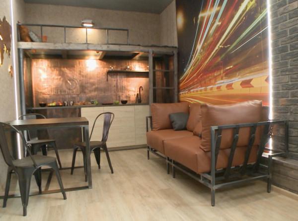 «Фазенда Лайф» на телеканале «МИР»: как отделать стену декоративными кирпичами?