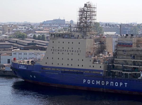 Человек и ледокол: «Виктор Черномырдин» готов выйти в северные моря (ФОТО)