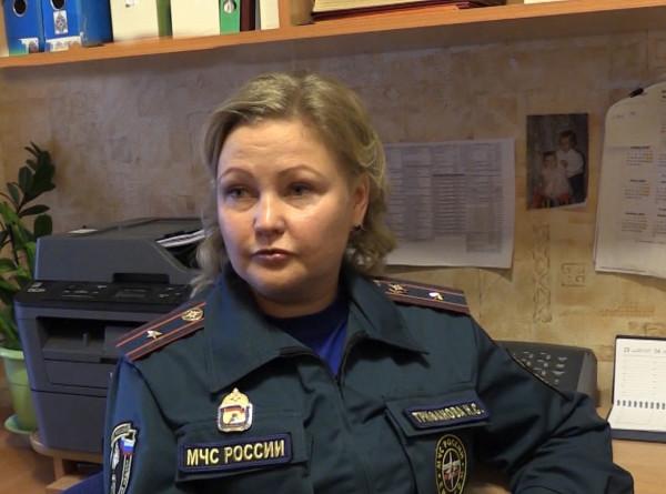 Улыбка и волевой характер: как россиянке удалось совместить материнство и службу в МЧС