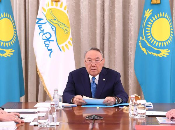 Системная перезагрузка: Назарбаев провел заседание бюро политического совета «Нур-Отан»