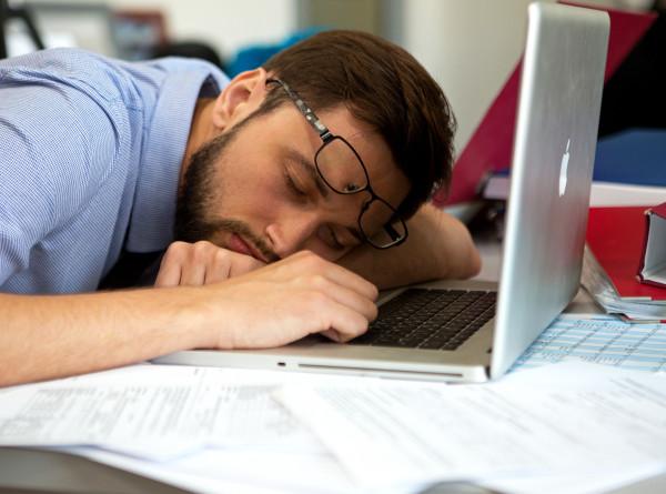 Синдром хронической усталости: чем опасно переутомление