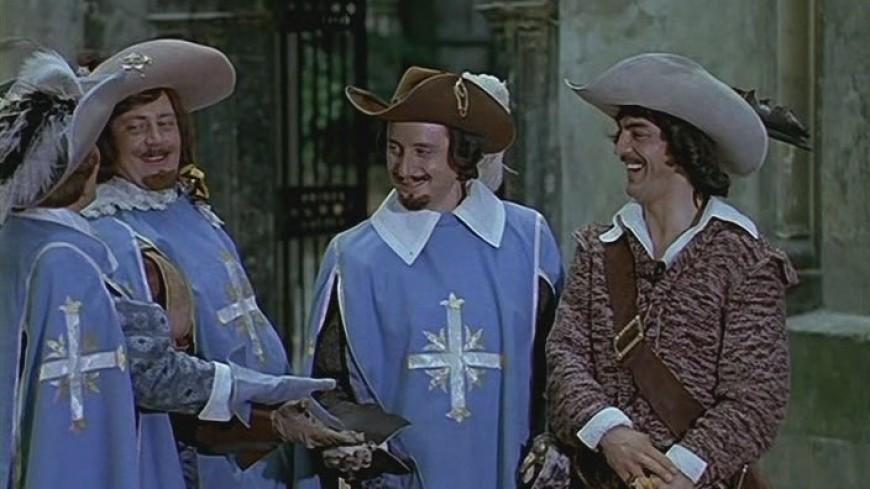 Тест для настоящих мушкетеров: кому из героев культового фильма принадлежит фраза?