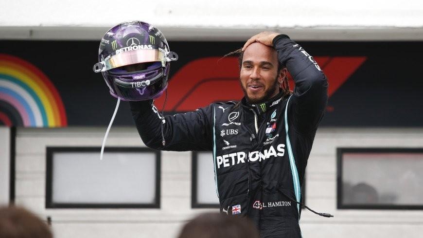 Хэмилтон выиграл Гран-при Бахрейна, Квят – 11-й